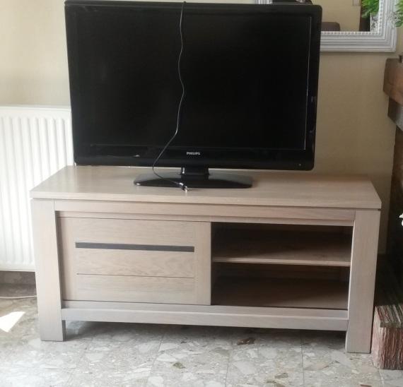 Meuble tv meubles et arts liffolois for Meuble informatique porte coulissante