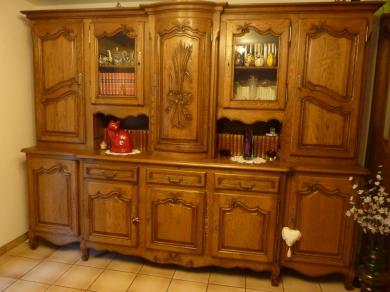 buffet lorrain prestige avec porte centrale galbée sculptée main,100% chêne massif